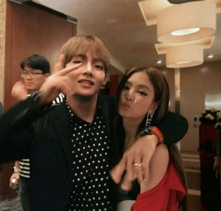 V with his girlfriend, Kim Taehyung with girlfriend.