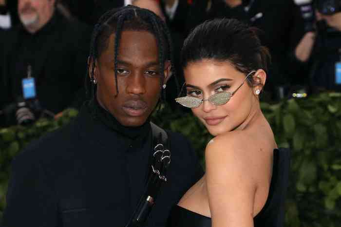 Kylie Jenner with her boyfriend, Kylie Jenner height