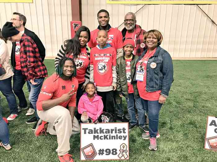 Takkarist McKinley with his family
