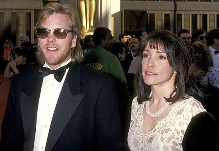 Sarah Sutherland with her boyfriend