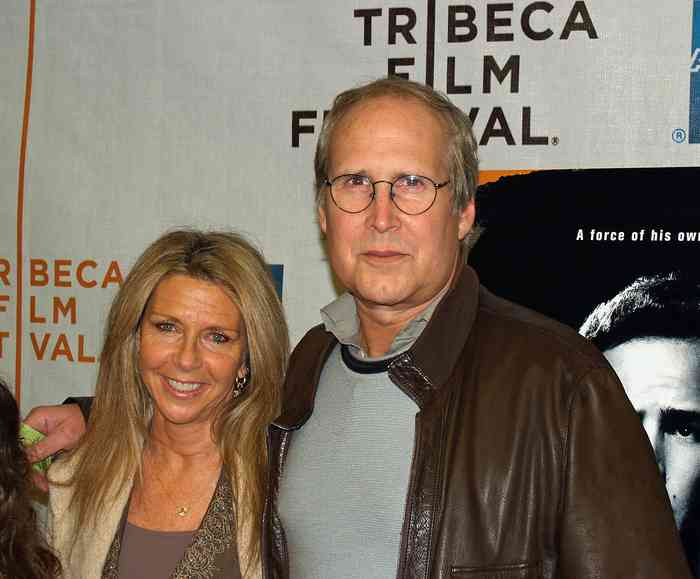 Chevy Chase wife