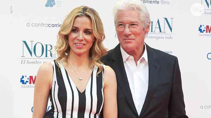 Richard Gere with his wife