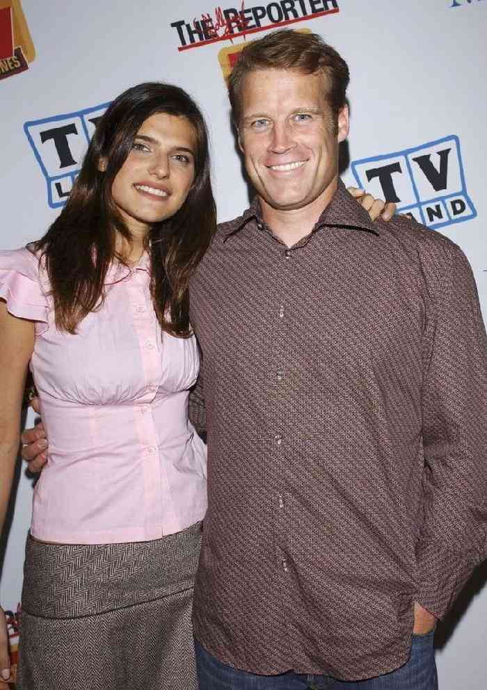 Mark Valley wife