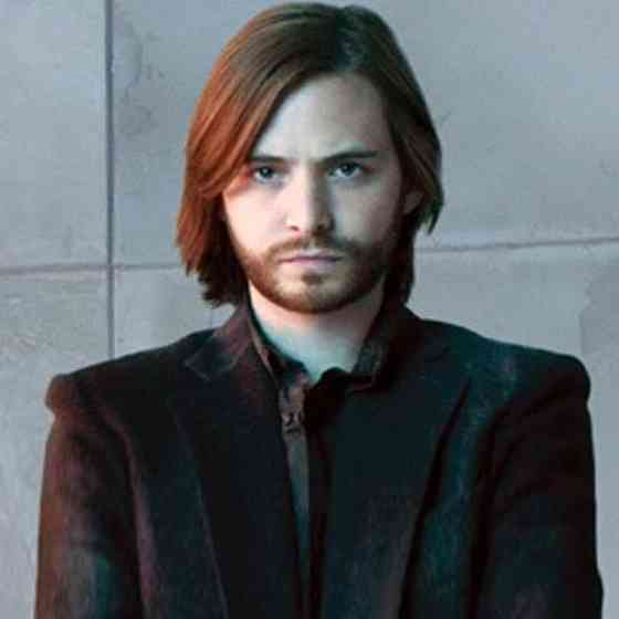 Aaron Stanford Picture