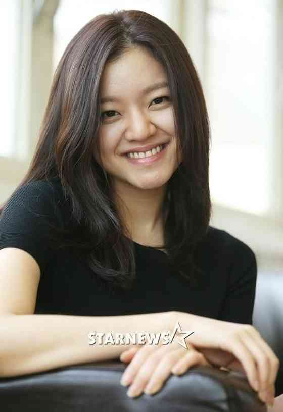 Go Ah Sung Pictures
