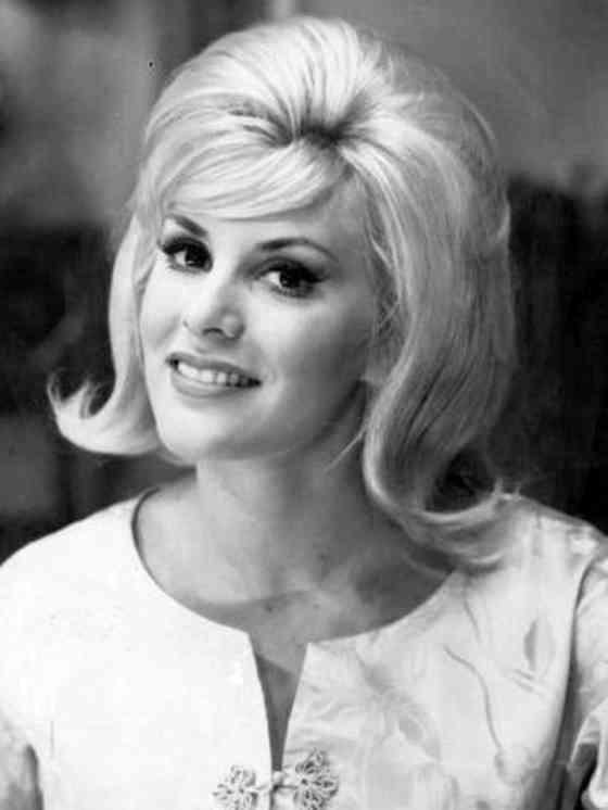 June Wilkinson Pictures