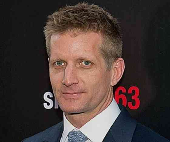 Paul Sparks Picture
